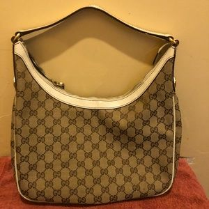 Gucci hobo beige & ivory authentic bag